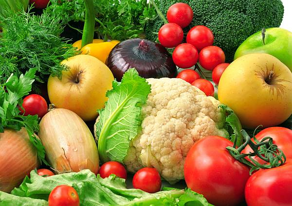 A study showed that the more fruits and vegetables a person eats, the lower his risk of heart disease, stroke and premature death. (wikimedia)