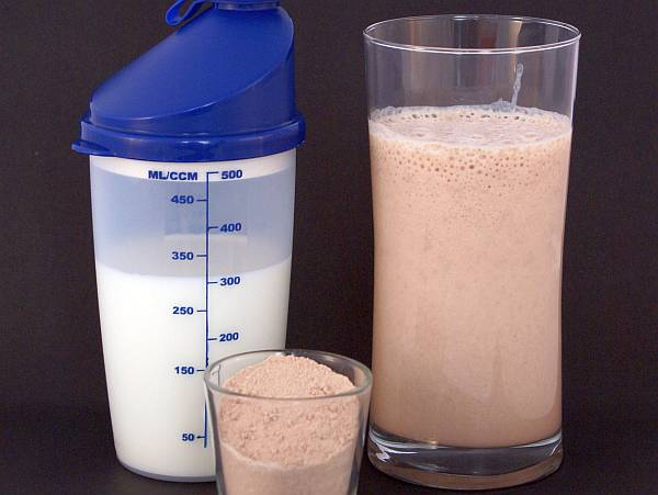 The vital importance of the post workout meal, or more specifically, the post workout drink, can not be overstated. (wikimedia)