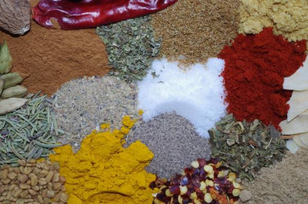 """Adding herbs and spices to the foods you eat can be a powerful way to turn them into healthy, fat burning """"super foods""""."""