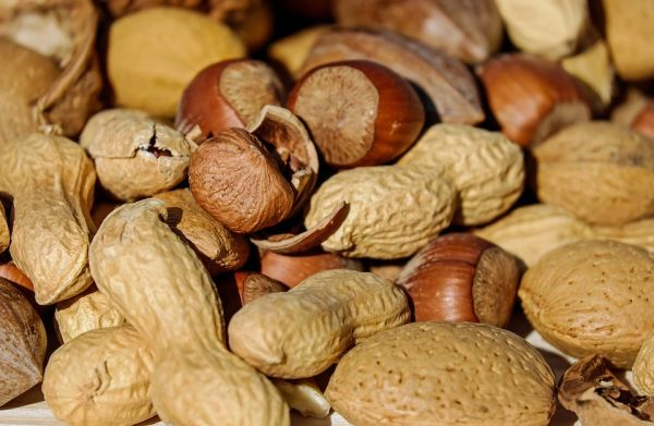 Nuts and seeds can reduce visible signs of aging like wrinkles and sagging skin.