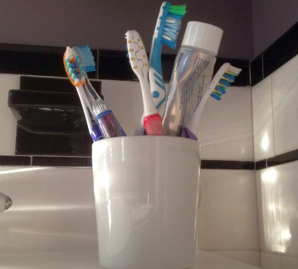 Soaking in Listerine gives you clean, fresh smelling toothbrushes.