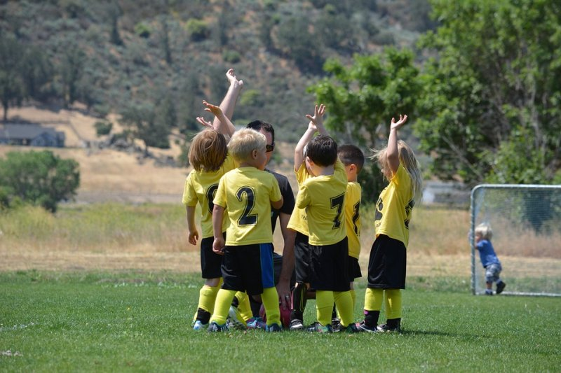 Healthy Diet and Exercise for Kids Leads to Healthier, Less Anxious Adults