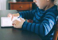 More Screen Time Makes Kids Eat More Junk Food